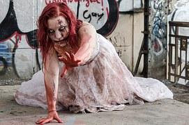 mujer zombi